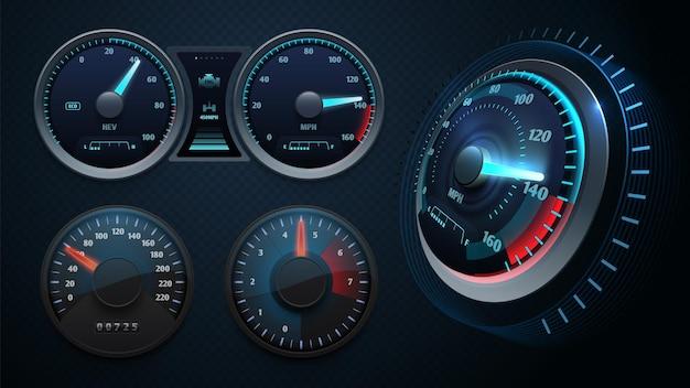 현실적인 속도계. 스포츠카 대시보드, 화살표가 있는 자동 패널 및 속도 측정 보드 벡터 세트. 그림 속도계 및 대시보드, 패널 차량 게이지