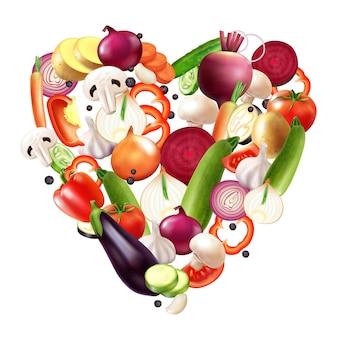 Реалистичная овощная композиция в форме сердца с смесью ломтиков овощей и целых фруктов с ягодами в форме сердца