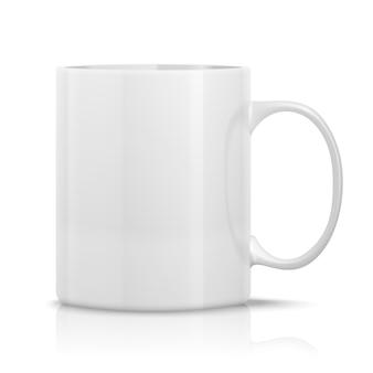 Реалистичная белая чашка