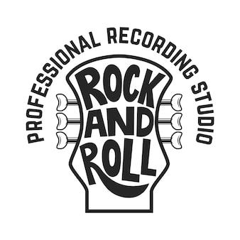 Звукозаписывающая студия. голова гитары с надписью. рок-н-ролл.