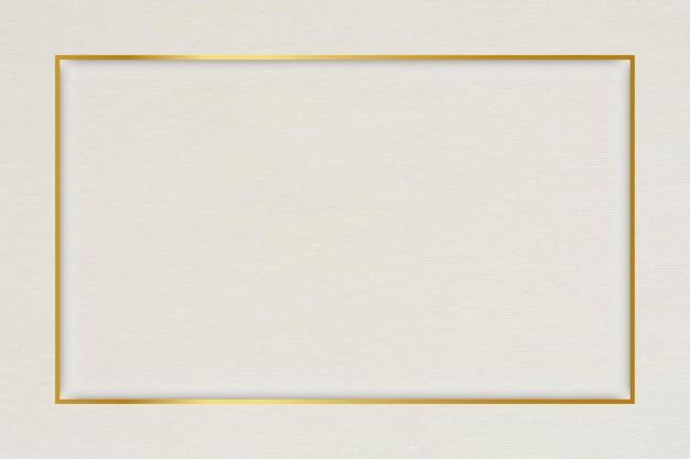 Прямоугольная золотая рамка на бежевом фоне