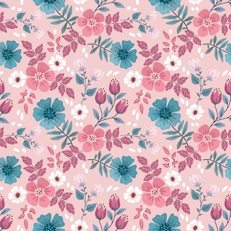 Red and blue blooming flowers design seamless pattern