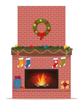 Классический рождественский камин из красного кирпича. симпатичный в плоском стиле
