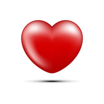 Красное сердце на белом