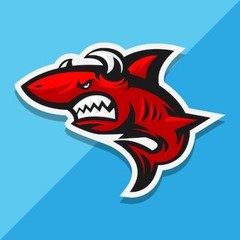 Красная акула с рогами