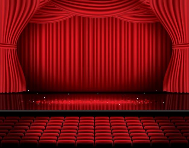 座席付きの赤いステージカーテン