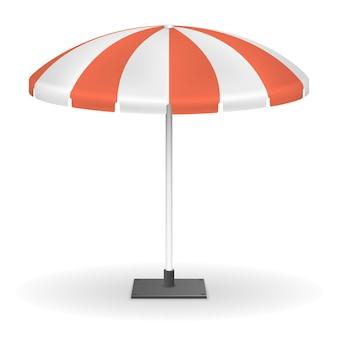 屋外イベント用の赤い縞模様の市場の傘。太陽からの傘の保護、屋外で休むためのテントの丸い傘