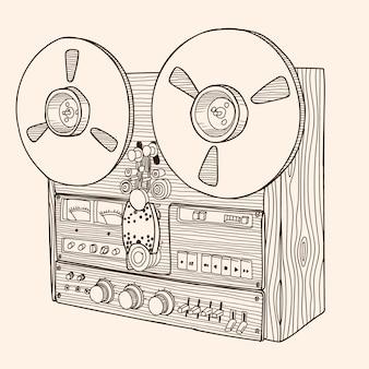 Катушечный магнитофон.