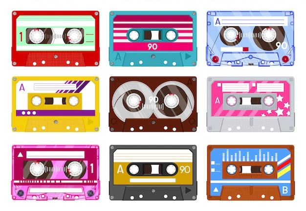 레트로 오디오 카세트. 빈티지 오디오 테이프, 음악 카세트, 아날로그 스테레오 오디오 카세트 그림 아이콘 세트. 카세트 재생 및 듣기, 아날로그 사운드 미디어