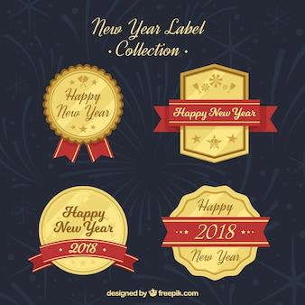 Ретро-значки, установленные в плоском дизайне на новый 2018 год