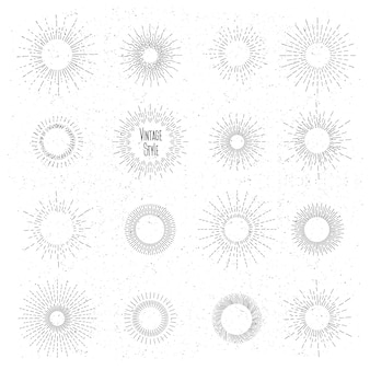 レトロな手描きのサンバーストセット。ヴィンテージヒップスタースタイルの太陽光線フレーム。バッジとバースト、レイ、ヴィンテージデザイン、コレクション要素ラジアル。