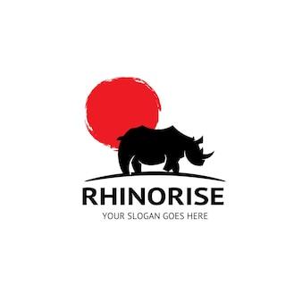 Подъем носорога