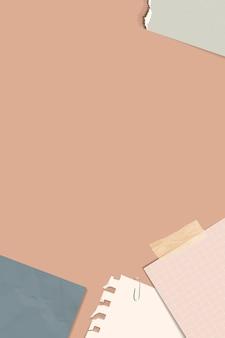 Разорванные заметки на персиковом фоне вектор