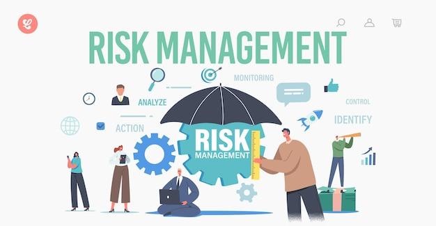 リスク管理ランディングページテンプレート。ワークグループのキャラクターは、ビジネス戦略を認め、特定し、測定し、実装します。巨大な傘を持っている小さなビジネスマン。漫画の人々のベクトル図