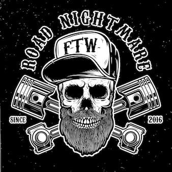 Дорожный кошмар. битник череп в бейсболке со скрещенными поршнями. элемент для логотипа, этикетки, эмблемы, знака, плаката, футболки. образ
