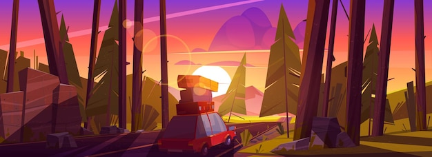 Il viaggio in auto durante le vacanze estive viaggia su un'automobile con borse sul tetto