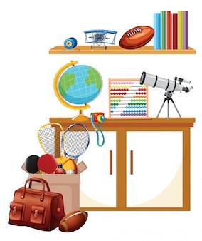 선반에 스포츠 장비 및 책 상자가있는 방
