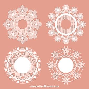 Round frames with lace flowers
