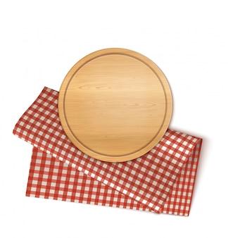 Круглая тарелка и салфетка