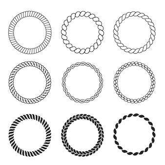 丸いロープフレーム。ケーブルサークル形強度装飾ヴィンテージロープベクトルコレクション。イラストケーブルスレッド、より糸の強いコードまたはロープ