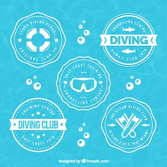 Rounded diving badges