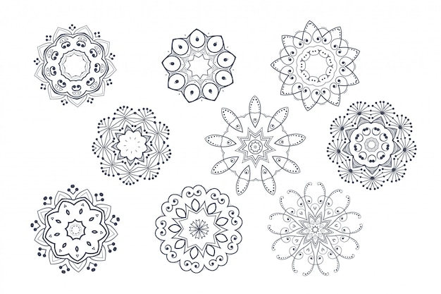 Rounded ornamental decorative mandala pattern set