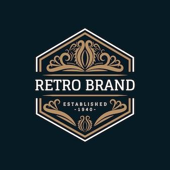 ロイヤルで豪華なビンテージスタイルの書道フレームのロゴデザイン