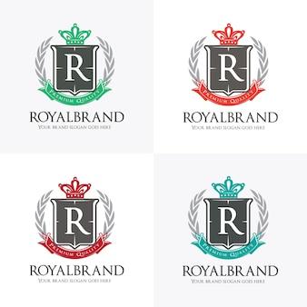 クラウン、リース、シールドシンボル付きロイヤルロゴ Premiumベクター
