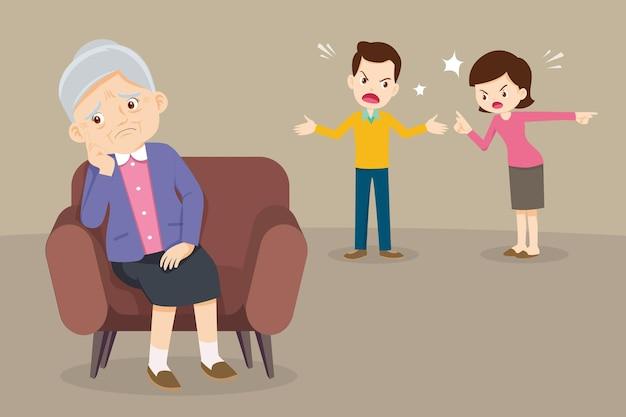 소파에 앉아 슬픈 할머니, 배경에서 다투는 불행한 가족 커플