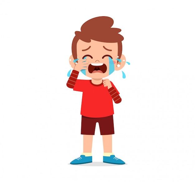 Грустный маленький мальчик и девочка громко плачут