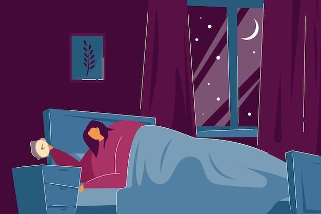불면증이 있는 슬픈 여자는 밤에 깨어 있습니다. 잠 못 이루는 여성이 침대에 누워 시계 평면 벡터 삽화를 확인합니다. 불면증, 배너, 웹 사이트 디자인 또는 방문 페이지에 대한 수면 장애 개념