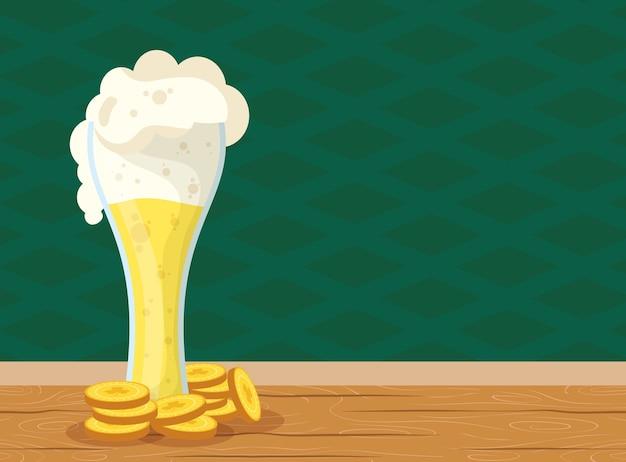 ガラスとコインで聖パトリックのお祝いビール