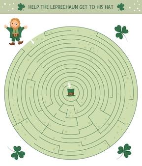 Лабиринт на день святого патрика для детей. дошкольные ирландские праздничные мероприятия. весенняя головоломка с милым эльфом и трилистником. помогите лепрекону добраться до его шляпы.