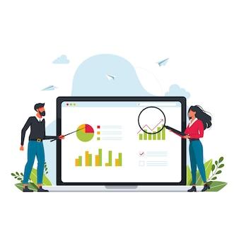 売上予測とインデックス、利益分析。モニターにチャートを表示した売上進捗コンセプト。人々は虫眼鏡を使用してデータを検索、ポインター設定、分析します。男性と女性がモニター画面の近くに立っています