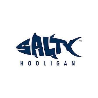塩辛いタイポグラフィのロゴのインスピレーション魚釣りユニーク