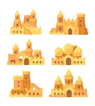 Замки из песка. сказочные летние здания на приморском совке и ведре для набора вектора строителей песка. иллюстрация башня дом сказка, летняя крепость