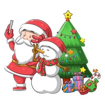 Санта-клаус и снеговик вместе делают селфи
