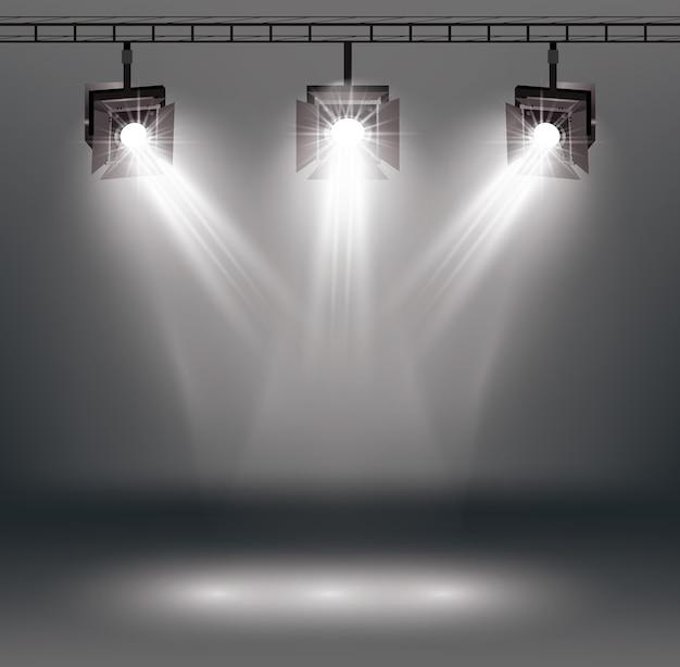 Эффекты освещения сцены с прожекторами.