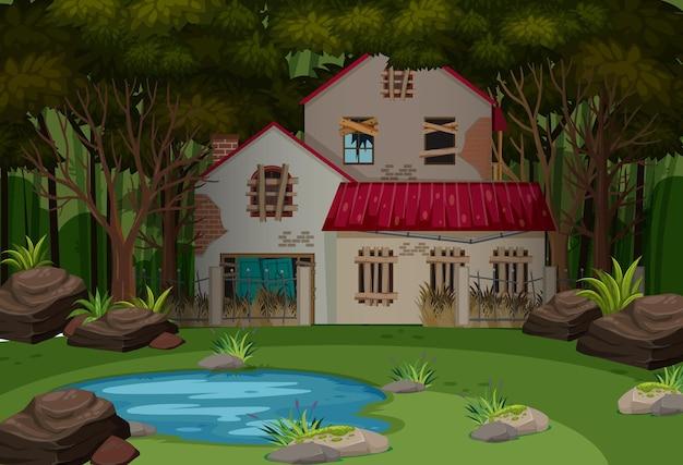 어두운 숲에 버려진 집이 있는 장면