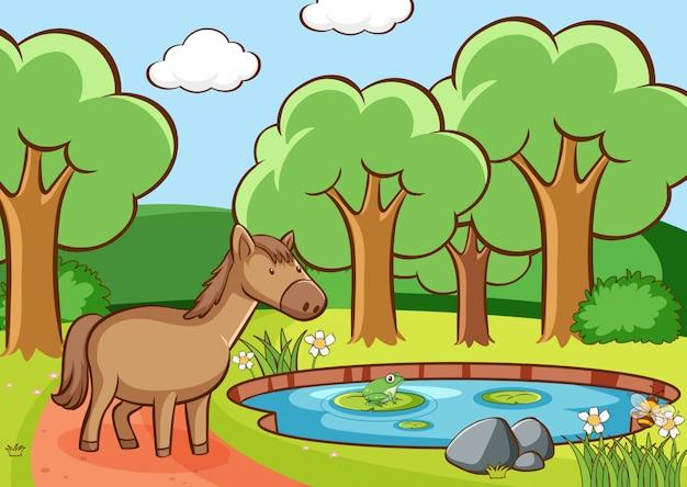 Сцена с коричневой лошадью у пруда