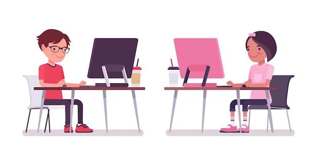 学校の男の子、コンピューターで作業している机に座っている女の子。かわいい小さな子供たち、アクティブな若い友達の子供たち、7歳から9歳までの賢い小学生。ベクトルフラットスタイルの漫画イラスト