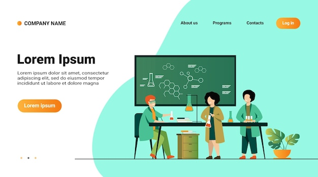 学校教育と科学の概念。ガラス管と黒板を使用して、実験室で実際の化学実験をしている子供たちを見ている教師