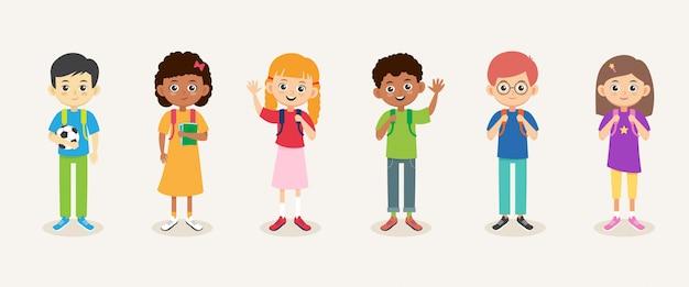 Школьники. детские мальчики и девочки с рюкзаками. улыбающиеся многорасовые ученики