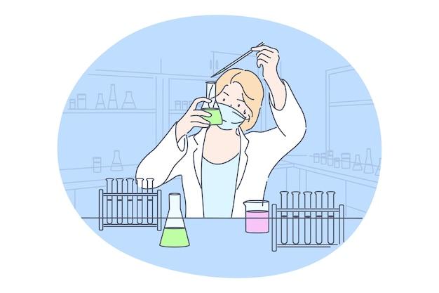 科学、化学、コロナウイルス、実験の概念。若い幸せな女性学者の臨床検査室の労働者は、実験室で化学反応を起こします。科学的テストの学術研究またはワクチンcovid19の作成。