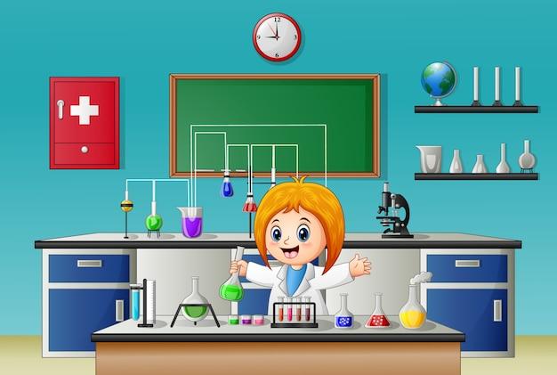 研究室の研究の科学者の女の子