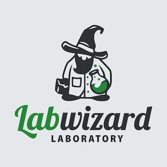 試験管で白衣を着た科学者の魔法使いの男。医学研究のロゴ。