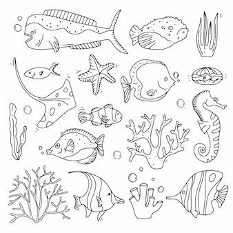 바다 생활 낙서 세트입니다. 물고기와 산호 수집 손 익사. 귀여운 스타일의 수중 요소.