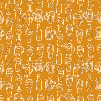 Бесшовный фон из разного пива. рисованные иллюстрации