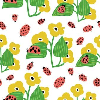 만화 스타일의 잎이 있는 무당벌레와 꽃이 있는 매끄러운 유치한 패턴 wallpa에 적합
