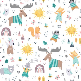 Seamless childish pattern with woodland animals. cute deer, bear, raccoon, fox, funny characters.